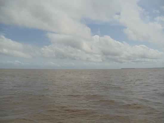 Chegada à foz do Tocantins. Ponto onde ele deságua, no Golfão Amazônico -onde se localiza a ilha de Marajó.