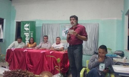 Reitor da Unifesspa, Maurílio Monteiro, e secretário de Educação de Marabá, Pedro Souza, integram a  mesa do seminário.