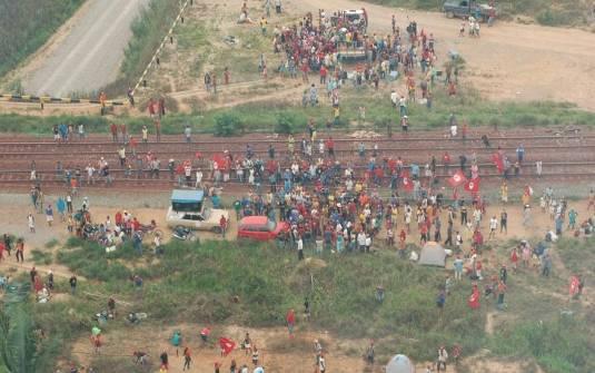Não há cerca que impedirá manifestações populares no entorno da ferrovia. A Vale pode anotar.