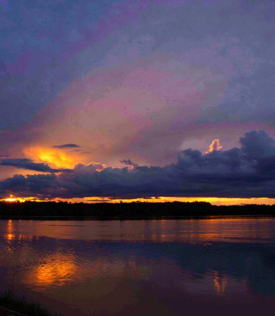 Pôr do sol no Tocantins, visto da balsa