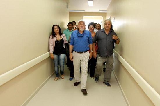 O governador Simão Jatene inspecionou nesta segunda-feira (22) as obras do novo Hospital de Urgência e Emergência de Ipixuna do Pará, na região do Rio Guamá, que acrescentará 40 novos leitos à rede pública estadual de saúde. (Foto de Cristino Martins)