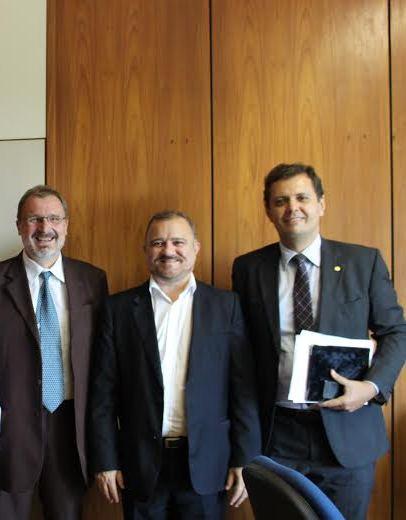 Secretário do Tesouro Arno Augustin, Prefeito João Salame e deputado federal Claudio Puty (PT-PA).