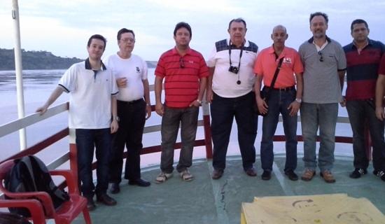 Empresários, técnicos da Ahimor e representante da Secretaria de Obras, durante primeira visita técnica ao Lourenção
