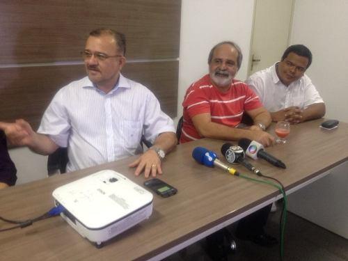 Salame recepciona médicos cubanos