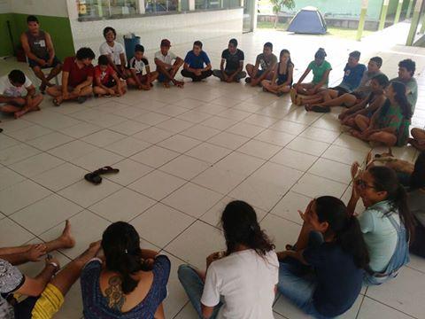 Durante ocupação, estudantes realizam debates e atividades culturais.