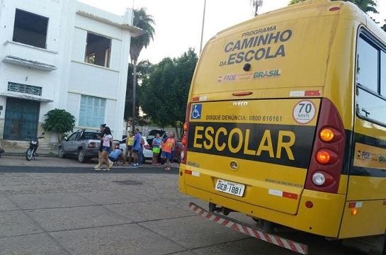 Educadores de Marabá denunciam desvio de função de ônibus escolares