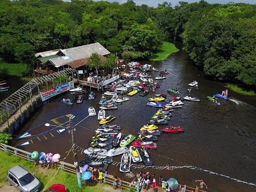Jetskistas percorrem extensão dos rios Guamá e Caraparu