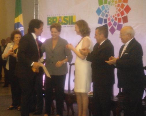 Presidente Dilma Roussef entrega comenda a Jônatas Andrade