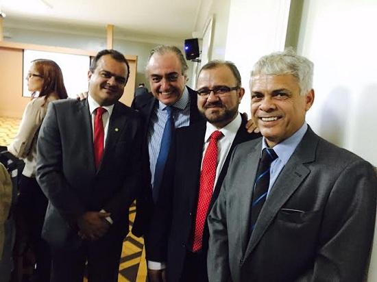 Deputado federal Beto Salame;  Paulo Hegg, diretor da Cevital; João Salame e Ítalo Yojucan, presidente da ACIM.